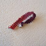 Un bracelet Rouge & Noir tout en dentelle !